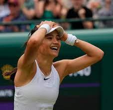 Wimbledon: 18-jährige Britin Emma Raducanu stürmt ins Achtelfinale - WELT