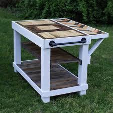 Kitchen Island Farmhouse Diy Farmhouse Kitchen Island Table Made Of Repurposed Pallet