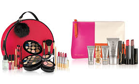 macy s offers a free 7 pc elizabeth arden gift set when you purchase 35 worth of elizabeth arden items this free gift set values at 110