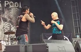 Watch Drowning Pool Perform 'Bodies' With 82 Year Old 'America's Got  Talent' Contestant At Chicago Open Air - Blabbermouth.net