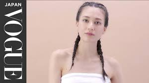 セレブに大人気 タイトな編み込みヘアのコツを解説 Youtube