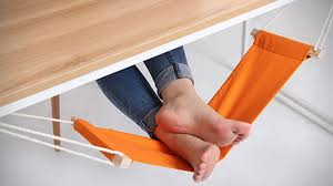 fuut under desk foot rest hammock cool things to 247 under desk foot rest