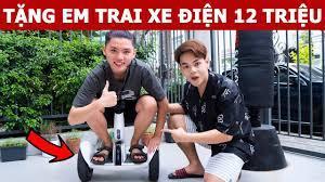 Tặng Em Trai Xe Điện Cân Bằng 12 Triệu   Oops Banana Vlog 271 - YouTube