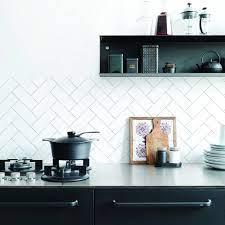 Herringbone Kitchen Walls Backsplash ...