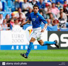 Football: Gelredome Arnhem, the Netherlands 11.06.2000, UEFA Euro 2000  tournament, group stage (group B), Turkey (red) vs Italy (blue) 1:2 ----  Gianluca Zambrotta (ITA Stock Photo - Alamy