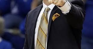 O'Neill leads No. 10 Kentucky women to 78-57 win over Auburn