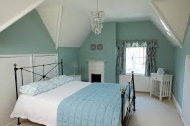5 pletely Relaxing Bedroom Colours The Chromologist