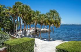Outdoor Kitchens South Florida 10 Things To Do On A Weekend Getaway In Miami Trippingcom