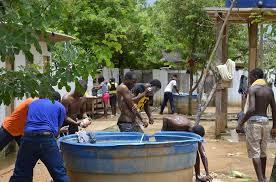 Resultado de imagem para Foto : condições sanitárias no abrigo de estrangeiros em Rio Branco