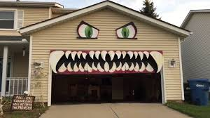 Cleveland Woman Transforms Her Garage Door Into a Monster With ...