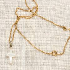 cross pendant necklace vintage gold white pearl small chain costume jewelry 7l