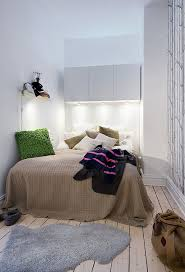Collect this idea photo of small bedroom design and decorating idea - biege  texture rugs