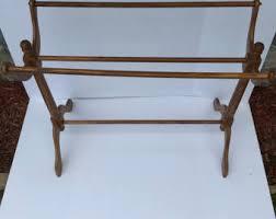Antique Quilt Rack - Best 2000+ Antique decor ideas & Antique Quilt Rack House Decorations Adamdwight.com