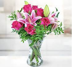 Here's what you need to know to find mother's day flower deals and what the free shipping deadline is. Mother S Day Flowers 2021 Where Can I Still Get Next Day Delivery