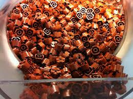 Afbeeldingsresultaat voor lego wall of bricks