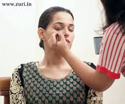 simple indian bridal makeup for a l or sangeet ceremony zuri