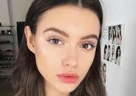 how to perfect no makeup makeup featured image