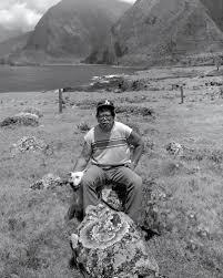 photo essay kalaupapa memories molokai hawaii honolulu henry nalaielua his favorite dog sabu kalawao 1985