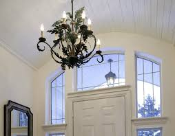 Small Entryway Lighting Ideas Tips For Choosing And Positioning A Foyer Chandelier