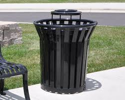 outdoor trash cans design