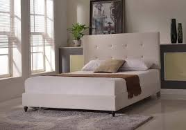 what size rug do i need under a queen bed