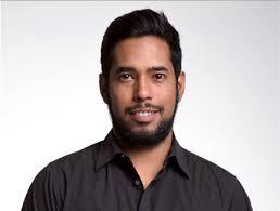 Alejandro Mendivil es Comunicólogo originario de Hermosillo y próximamente  Lic. en Mercadotecnia de la Universidad del Valle d