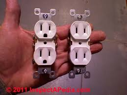 duplex electrical receptacle wire connections wiring details holding two different receptacle types at once c daniel friedman