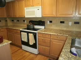 Granite With Cream Cabinets 25 Best Ideas About Giallo Ornamental Granite On Pinterest