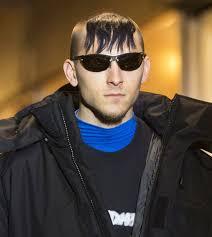 Как выбрать смешные мужские причёски. Znamenitaya Chelka Gopnika Iz Rossijskoj Provincii Na Parizhskij Podium Modnye Tendencii Chelka Tendencii