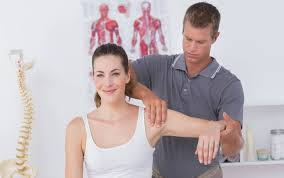 physical therapist aide how difficult is it to get into a physical therapy aide program