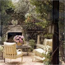 14 romantic backyard patio design ideas