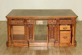 oval office resolute desk. 6Ft Natural Mahogany Presidential Oval Office Resolute Desk F-1150-52 SKU: MBWJD500-Org-NM E