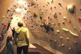 13 diy climbing walls to do healthy exercise at your home