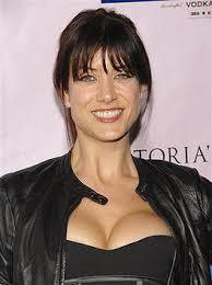 """Dr. Addison Forbes Montgomery aus der Ärzte-Serie """"Grey's Anatomy"""" alias Kate Walsh mag keine zugeknöpften Menschen - und ... - leute_promis_und_vips_sexy_dekolletees_88"""