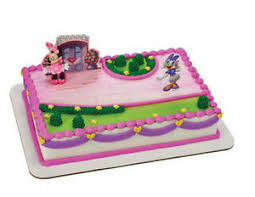 Minnie Mouse Daisy Happy Helpers cake decoration Decoset cake