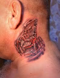 татуировка на шее у парня скорпион фото рисунки эскизы