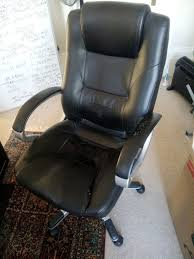 free desk chair worn but still in good condition pick up only