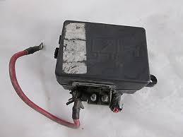 04 05 gmc c5500 topkick 8 1l v8 gas under hood fuse box fusebox 04 05 gmc c5500 topkick 8 1l v8 gas under hood fuse box fusebox