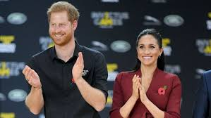 Prince Harry Says Walking in Meghan Markle's Shoes Taught Him About  Unconscious Bias | Entertainment Tonight