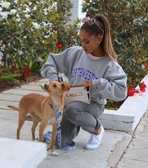 Ariana Grande out in LA 8 15 15 Ariana Grande Pinterest.
