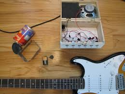 guitar gear reviews science fair experimental lm386 amp in case you have no idea what you re looking at it is a pretty weird little amp it is the son of a noisy cricket and a cigar box amp