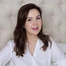 Cristina Gonzalez-Romualdez makes showbiz comeback, signs up with Viva –  Manila Bulletin