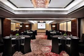 hong kong skycity marriott hotel meeting rooms roundtable setup
