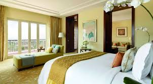 On Suite Bedroom Club Executive Suite In Dubai The Ritz Carlton Dubai