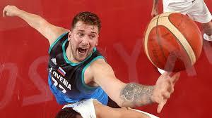 Basket Olimpiadi 2021: Luka Doncic debutta con la Slovenia e segna 48 punti
