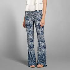 Flare Pants Pattern Simple Pattern Drapey Flare Pants From Abercrombie Fitch
