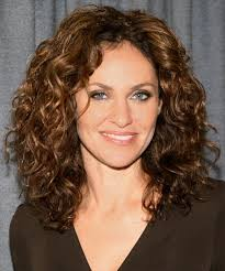 Medium Length Wavy Hairstyles 99 Awesome Long Hairstyles For Women Over 24 Curly Hair Beauty Self