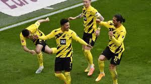 W w d l l. Borussia Dortmund Fahrt Enthusiastisch Nach Berlin Sport Sz De
