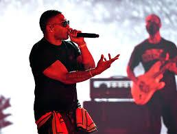 Nelly celebrates Country Grammar anniversary at 2020 AMAs | EW.com