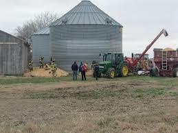 Grain Bin Home One Rescued In Grain Bin Accident Near Otley Knia Krls The